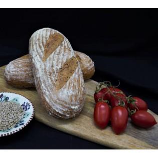 Pâine artizanală intermediară cu semințe